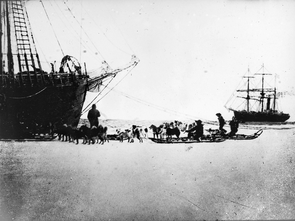 Scott's expedition ship Terra Nova visiting Fram in the Bay of Whales, February 1911. Photo The Amundsen Expedition