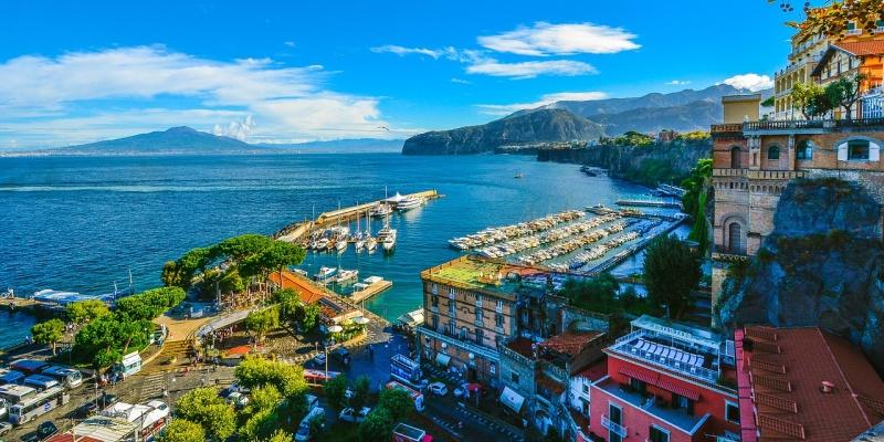"""Il viaggio in Italia di Giovanni Comisso: """"Tra i due golfi: Sorrento e Positano"""""""