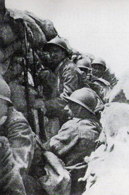 Soldati_italiani_in_trincea (fonte: Wikipedia)